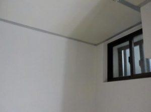 防音室の天井吸音材張り