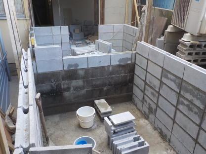 防音室のコンクリートブロック壁積み6段目