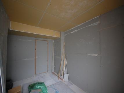 防音室C101入り口側