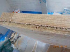 防音ブースの製作 防音扉の製作 はみ出した接着材
