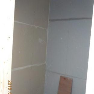防音ブースの製作 石膏ボードを張るときには接着材とシーリング