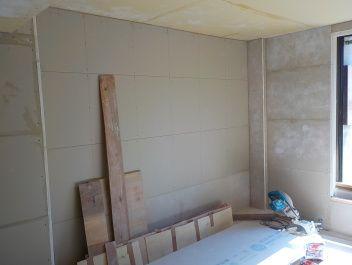 お部屋の中に新しい防音室を作るスーパーストラクチャー壁編| 内側の一枚目窓側