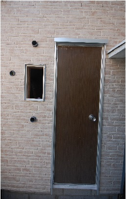 普通の扉を防音扉に改造前