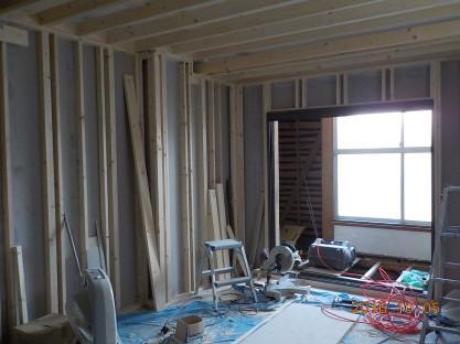 大きめの防音室スーパーストラクチャー壁部分完成