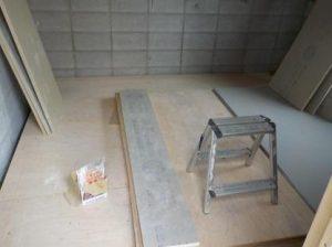 内ら側の防音室の図面を作る このファンデーションの上に作ります
