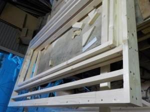 2重壁の防音ブースの骨組み扉部分