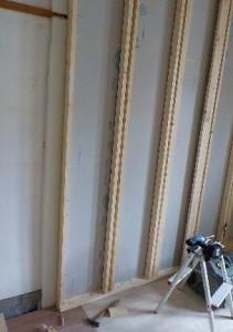 お部屋の中に新しい防音室を作るスーパーストラクチャー壁編|壁の建て込み