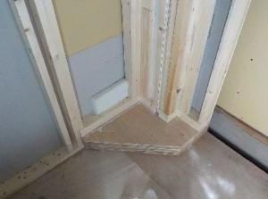 柱型・柱脚の処理