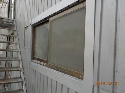 防音室に新しい窓を設置