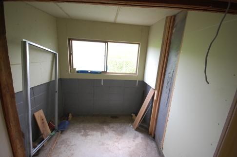 既存のお部屋を防音室にする場合は床に重い基礎を設ける