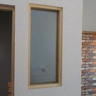 防音ブースの製作 窓ガラスはめ込み