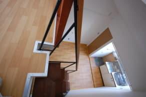 ロフト付きアパート ロフト階より洋室 写真