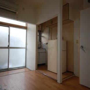 防音室付アパート ダイニングキッチン