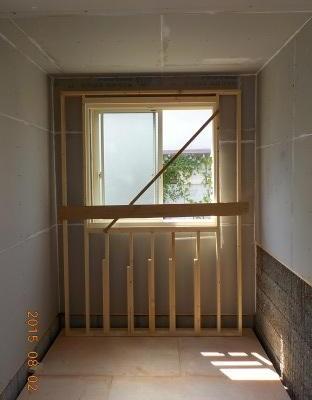 防音室の内側の壁を作り始めました。