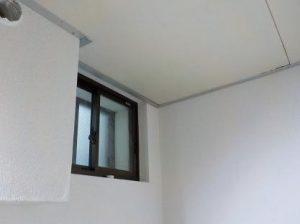 連棟式の防音室の天井の吸音