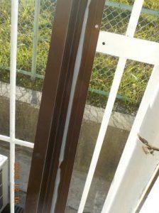 窓を二重窓に 枠にシリコーン塗布