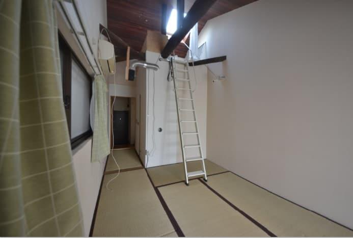 楽器も使える全室防音室 窓側